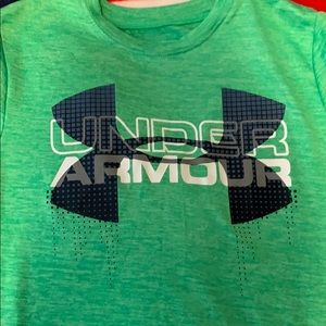 Boys youth small under armour shirt